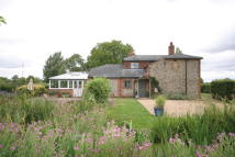 Cottage to rent in Kirtling, Cambridgeshire