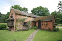 Cottage to rent in Herringswell, Suffolk