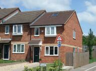 3 bedroom semi detached property to rent in Uplands Drive, Exeter