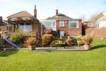3 bed Bungalow for sale in Halifax Road, Grenoside...