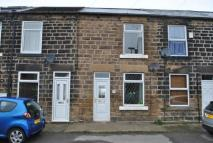 2 bedroom Terraced house in Chapel Road, High Green...