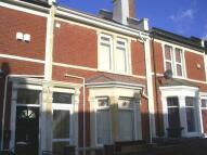 Flat to rent in Chessel Street, Bristol