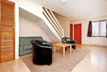 2 bed home in Kirkham Road, Beckton