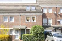 3 bed semi detached home in Hyde Close, Plaistow
