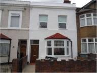 Stratford semi detached house to rent