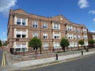Apartment to rent in HAWTHORN ROAD...