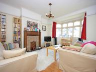 3 bed semi detached property to rent in The Knoll, BROMLEY, Kent
