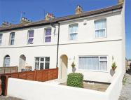 2 bed End of Terrace home to rent in Stanhope Road...