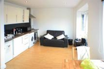 1 bedroom Flat in Croydon Road...