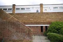 1 bed Flat to rent in Brackenhill Close...