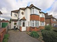 4 bedroom semi detached house to rent in Croydon Road...