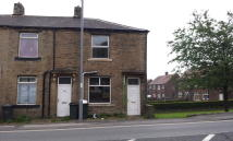 End of Terrace home to rent in Halifax Road, Bradford...