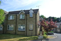 3 bedroom semi detached house to rent in Pochard Close, Bradford...