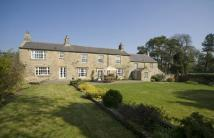 4 bed Equestrian Facility house in Hawkwell...