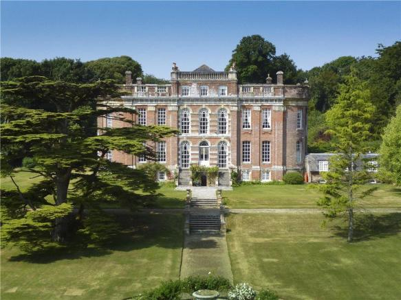 9 bedroom detached house for sale in chettle blandford