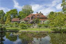 5 bedroom Detached home for sale in Nr. Chiddingly...