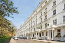 5 bed Flat in Cadogan Place, Belgravia...