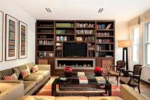 Flat for sale in Wilbraham Place...