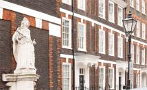 6 bedroom home in Queen Annes Gate...