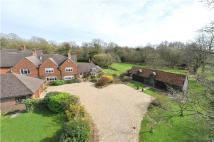4 bed property for sale in Milford Road, Elstead...