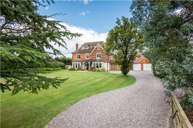 5 Bedroom Detached House For Sale In Knowle Lane Cranleigh