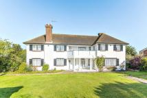 5 bedroom Detached home for sale in The Paddock, Guildford...