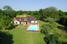 5 bedroom Detached property in Cox Green, Rudgwick...