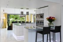 4 bed Detached property for sale in The Common, Cranleigh...