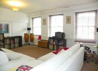 Maisonette to rent in TUNS LANE...