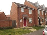 3 bed semi detached house in Rose Hill Way...