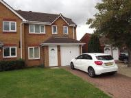 3 bed semi detached property to rent in Harcourt Way...