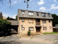 Studio flat in Wingrove Court...