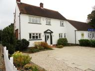 Link Detached House to rent in Eves Corner, Danbury