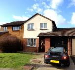 3 bedroom semi detached house to rent in Bonington Chase...