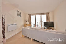 2 bed Flat in Bassett House...