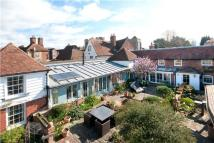 4 bed semi detached house for sale in Westgate Grove...