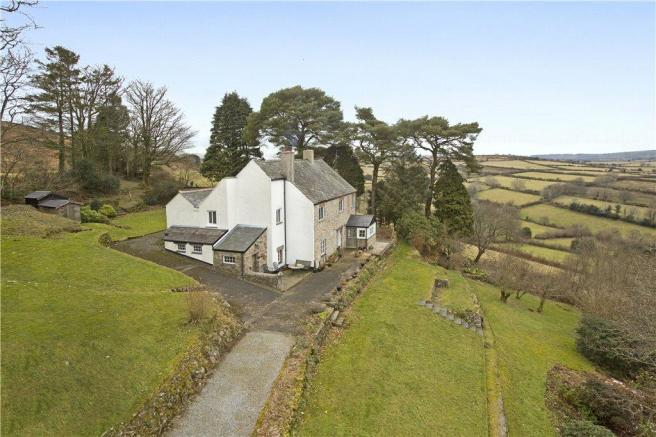 4 Bedroom Detached House For Sale In North Bovey Newton Abbot