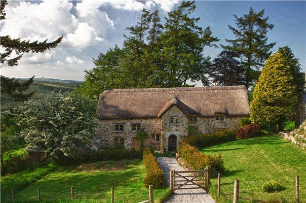 4 Bedroom House For Sale In Lakeland North Bovey Newton Abbot