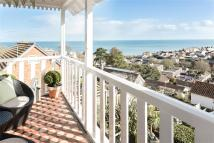6 bed Detached property in Stockton Avenue, Dawlish...