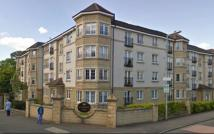 3 bed Flat in Priorwood Court, Glasgow