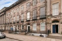 Flat to rent in Royal Terrace, Edinburgh