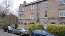 Flat to rent in Learmonth Crescent...