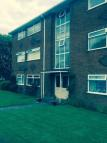 2 bed Flat to rent in 22 Marnel court Gail...