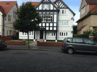 Flat to rent in GRIMSTON AVENUE...