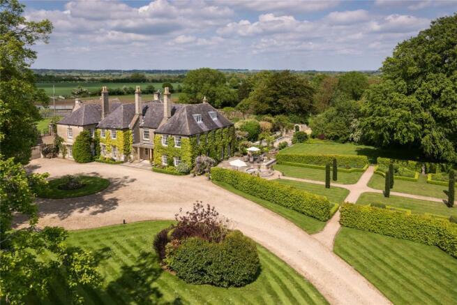 Holt Manor