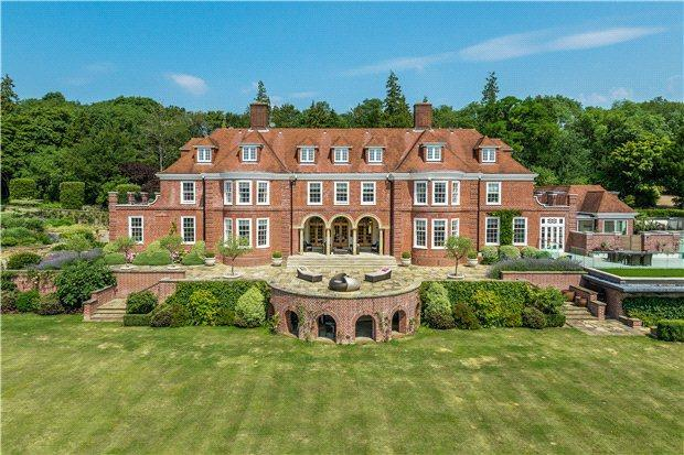 7 bedroom property for sale in white lane guildford for Country mansion for sale