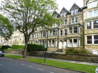2 bedroom Flat to rent in Valley Drive, Harrogate...