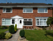 2 bed Town House in 31 Millfield Glade...