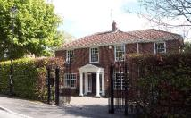 5 bed Detached property to rent in Beech Edge...