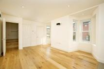 1 bedroom Flat to rent in Goldhawk Road...